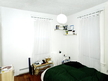 Bedroom, rear
